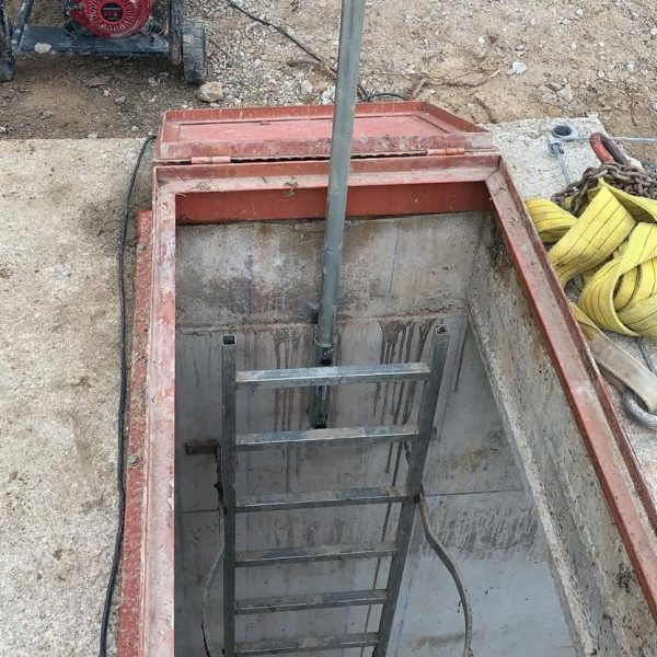 support for access in manholes