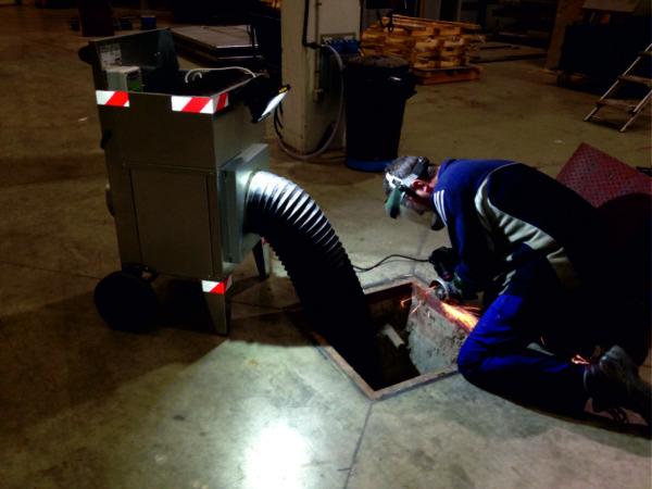 equipo extractor de olores saneamiento urbano